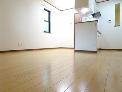 【居間・リビング】桜上水4丁目邸2階賃貸