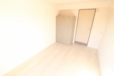 【居間・リビング】Sakura Residence