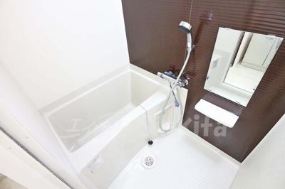 【浴室】ラグゼ東三国3