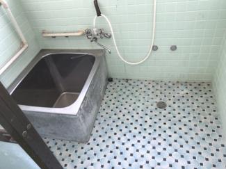 【浴室】鹿屋市古江町 中古戸建