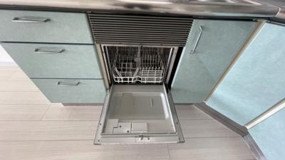 食器洗浄機付きで忙しいご家庭にもおすすめポイントです☆
