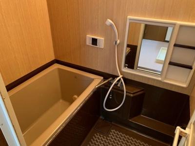 【浴室】パレ・ロワイヤル四ヶ郷