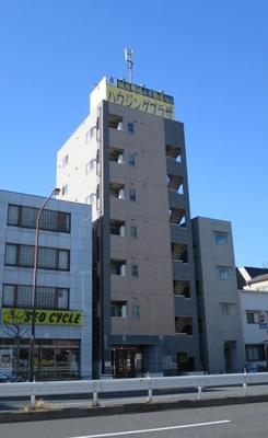 京急空港線「糀谷駅」徒歩6分の立地です。