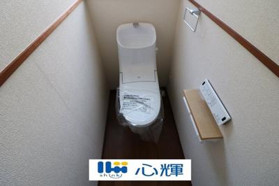温水洗浄トイレ、新品に交換済みです。