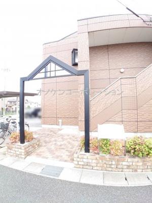 【エントランス】Santa Place