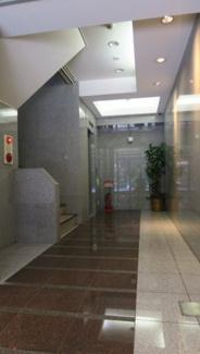 上野の賃貸事務所。 「AYビル」のことなら(株)メイワ・エステートへ