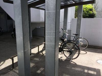【駐輪場】エステートマンション生の松原