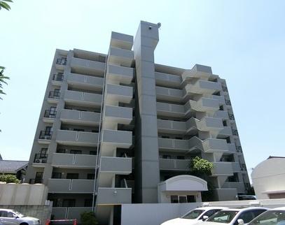 7階部分の南向きバルコニーにて眺望良好 新規内装リノベーション 東南角部屋 住宅ローン減税適合物件
