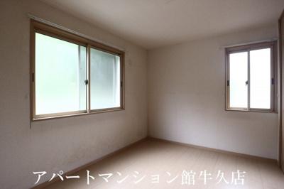 【洋室】リビングタウンひたち野C