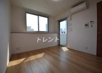 【居間・リビング】ユニデン八丁堀レジデンス