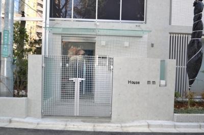 【エントランス】HOUSE mm