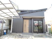 岐阜市守口町 2階建てを平屋に大改造した中古住宅 カーポート付きの駐車場 素敵な日本庭園 の画像