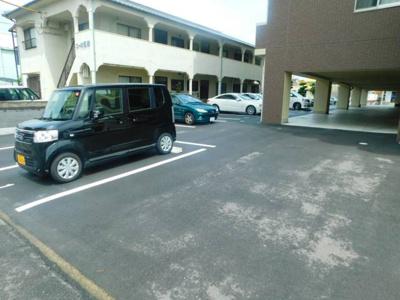 【駐車場】ルスト山越