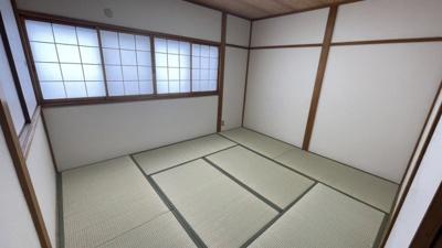 和室があると、家にあたたかい雰囲気が生まれます。6帖です。
