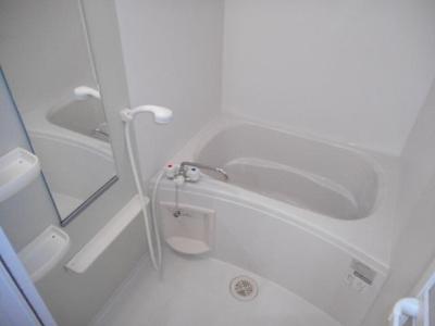 【浴室】ヴィラ・アンジュ