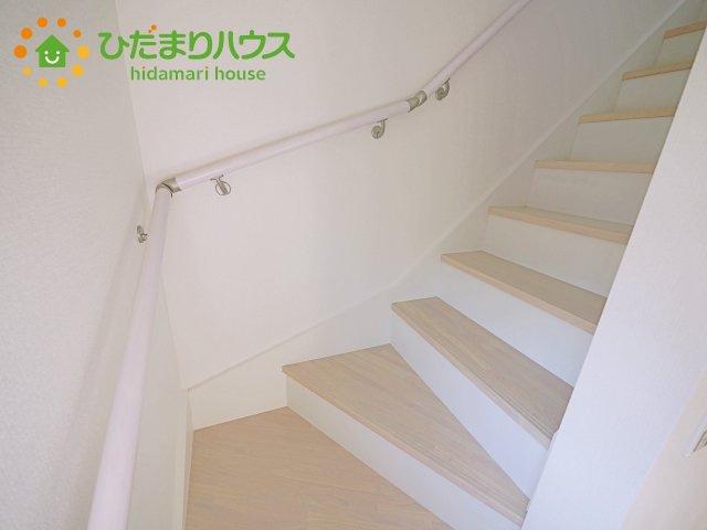 手すり付き階段で安心(^^)/