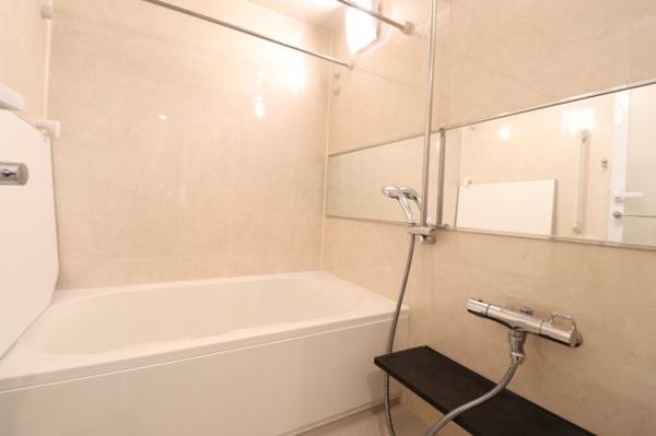 【浴室】ミストサウナ機能付きで入浴タイムを存分にお楽しみいただけます♪