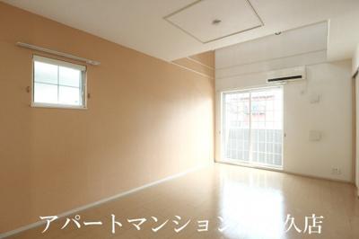 【居間・リビング】リントリーハウス