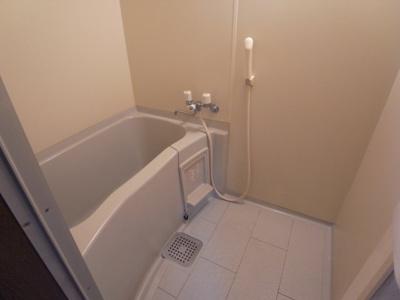 【浴室】アンビエント三箇