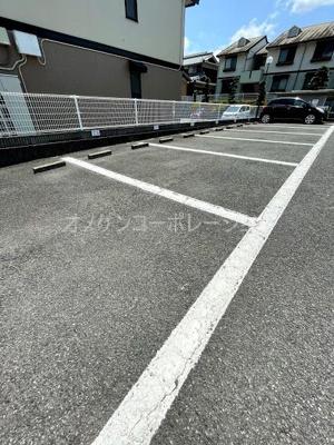 【駐車場】プレミールコートB棟