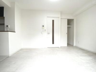 グランディールNAMBA 洋室