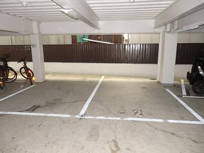 【駐車場】シャトー小路2