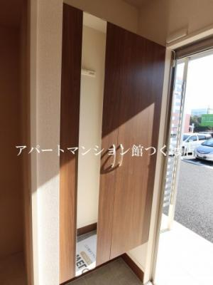 【玄関】アルヴェアーレⅡ