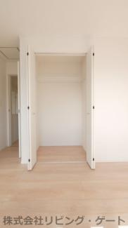 2階7.5帖洋室の収納