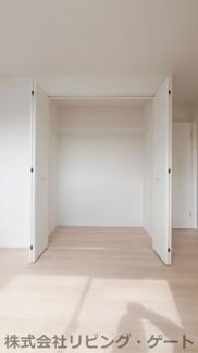2階洋室6.5帖のクローゼット