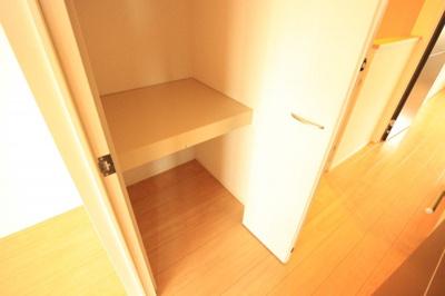 2階廊下収納♪