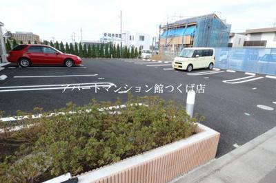 【駐車場】シャトーパルフェ