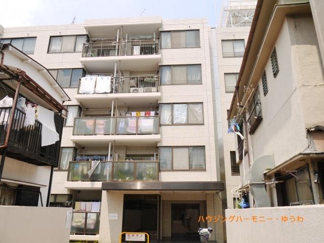 閑静な住宅街「上板橋」駅より徒歩4分の好立地。