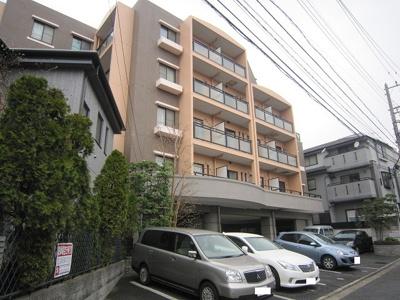 東急東横線「綱島」駅より徒歩圏内!鉄筋コンクリートの5階建てマンションです♪通勤通学はもちろん、お買い物やお出かけにもGood☆