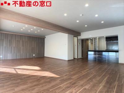 【居間・リビング】新多聞3団地