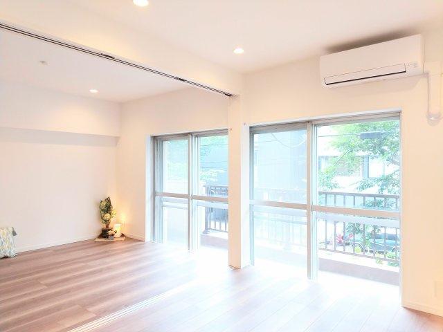 【居間・リビング】西小山サマリヤマンション