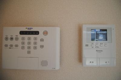 ALSOK、TVモニターフォン