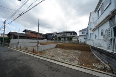 【外観】高台の閑静な住宅街。カースペース2台!全棟LDK17帖以上の4LDK♪保土ヶ谷区狩場町 全3棟 新築戸建て