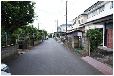 【前面道路含む現地写真】藤沢市湘南台6丁目 売地