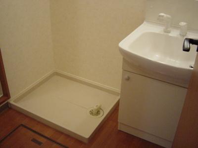 独立洗面台付き。