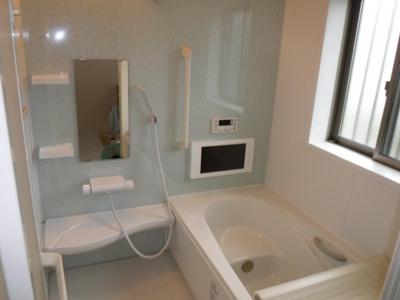 【浴室】西野中古住宅3LDK
