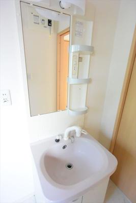 ※イメージ コンパクトで使いやすい洗面所