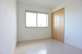 ※イメージ 個人の部屋や寝室として使える洋室です