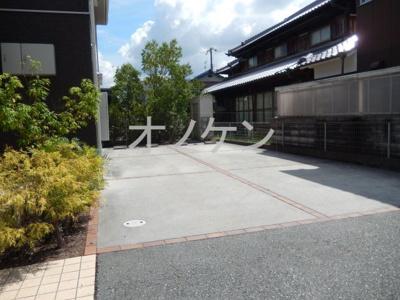 【駐車場】ガーデンパレット