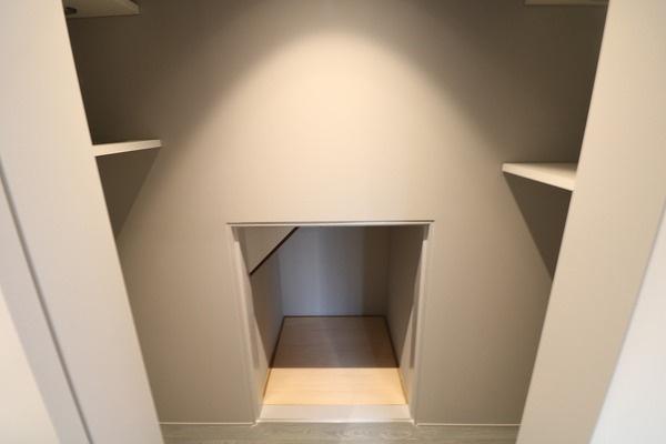 1階の収納スペースです♪