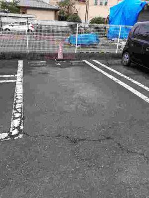 【駐車場】ヤマトアウローラ2001