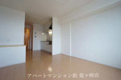 【居間・リビング】コフレッタ