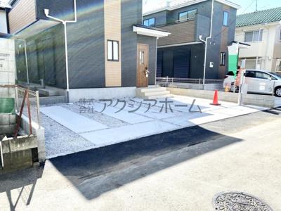 カースペースは並列2台駐車可能です!