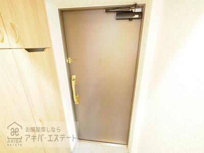 【玄関】ルーブル大島