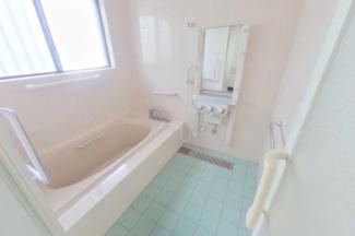 【浴室】57000 岐阜市鏡島南事業用
