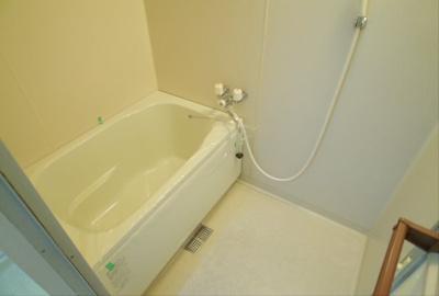 【浴室】オカダハイライズ